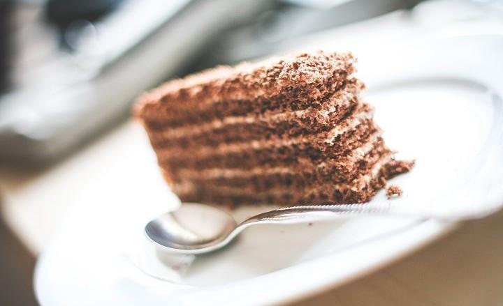 לרדת במשקל ואכילת עוגה